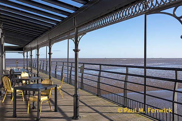 Cleethorpes_Pier_Outdoor_Tables
