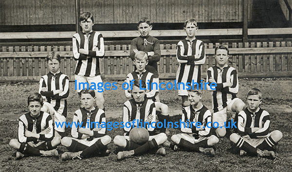 Grimsby_Boys_Football_Team_c1919