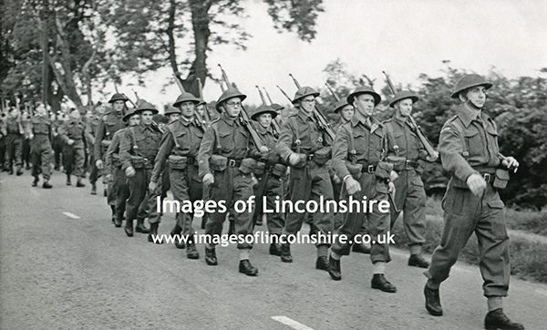 The_Home_Guard_Marching_in_the_Grimsby_Area
