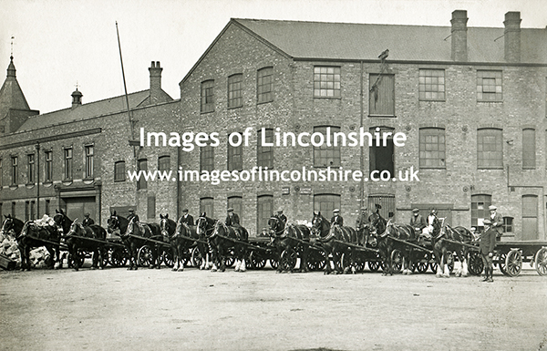 Horses_and_Rulleys_Gorton_Street_Grimsby_Docks_1