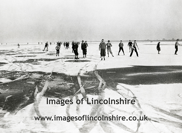 Ice_Skaters_in_Crowland_1931