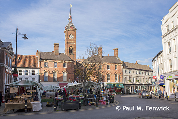 Louth_Market_Place_November_2017