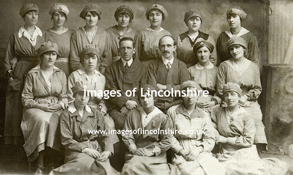 Grimsby_WWI_Munitions_Workers