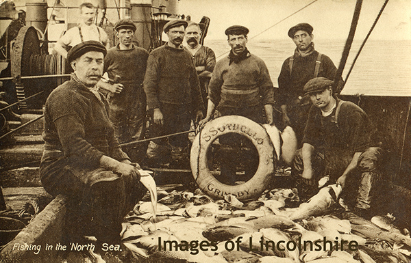 Grimsby_Trawler_Crew_SS_Othello_1917