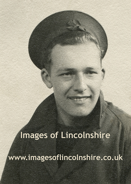 Unknown_WWII_Sailor_Portrait_by_BCC_Studios_Grimsby